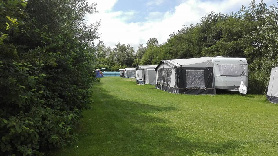 Camping (achterste veldje)